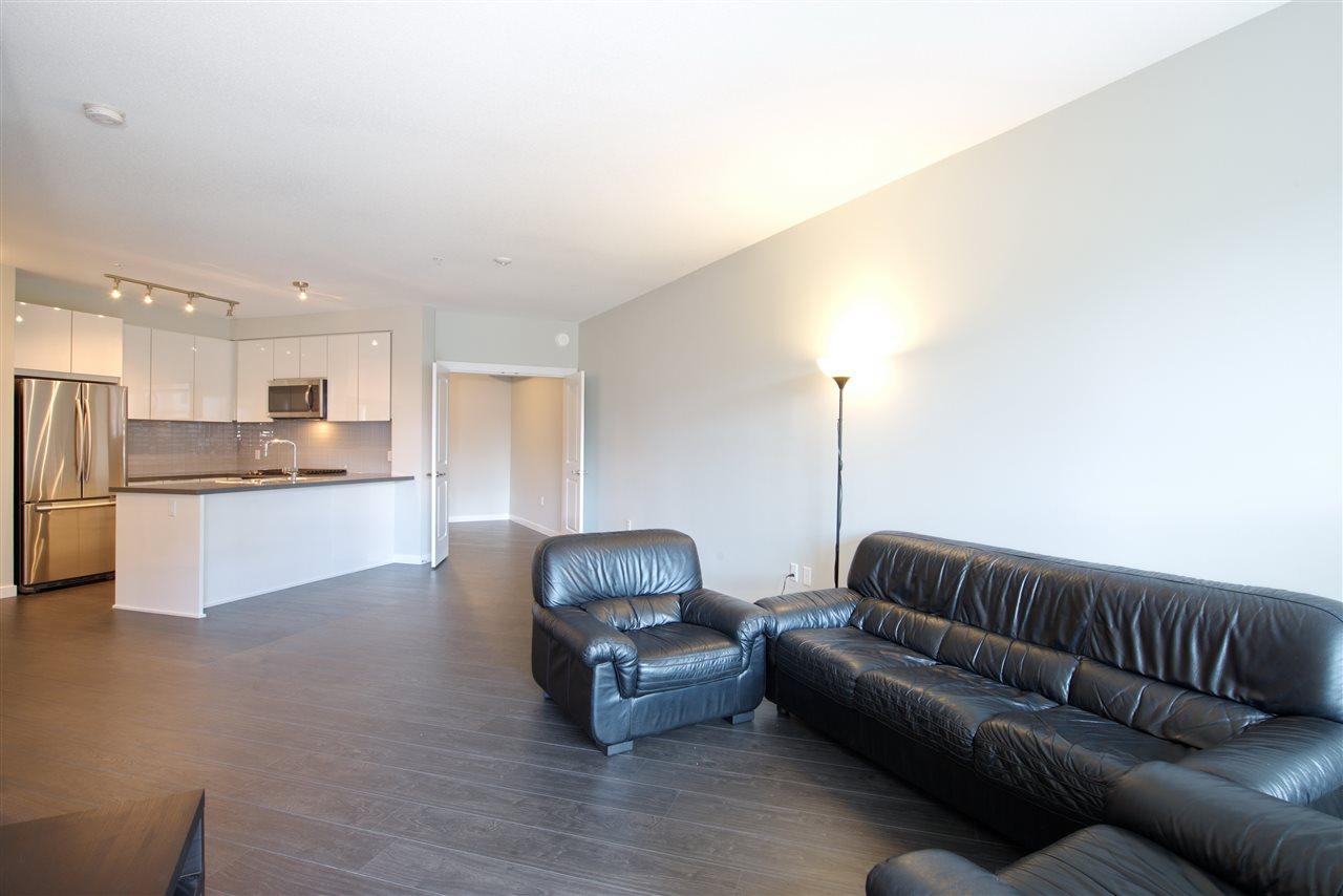 Condo Apartment at 213 607 COTTONWOOD AVENUE, Unit 213, Coquitlam, British Columbia. Image 13