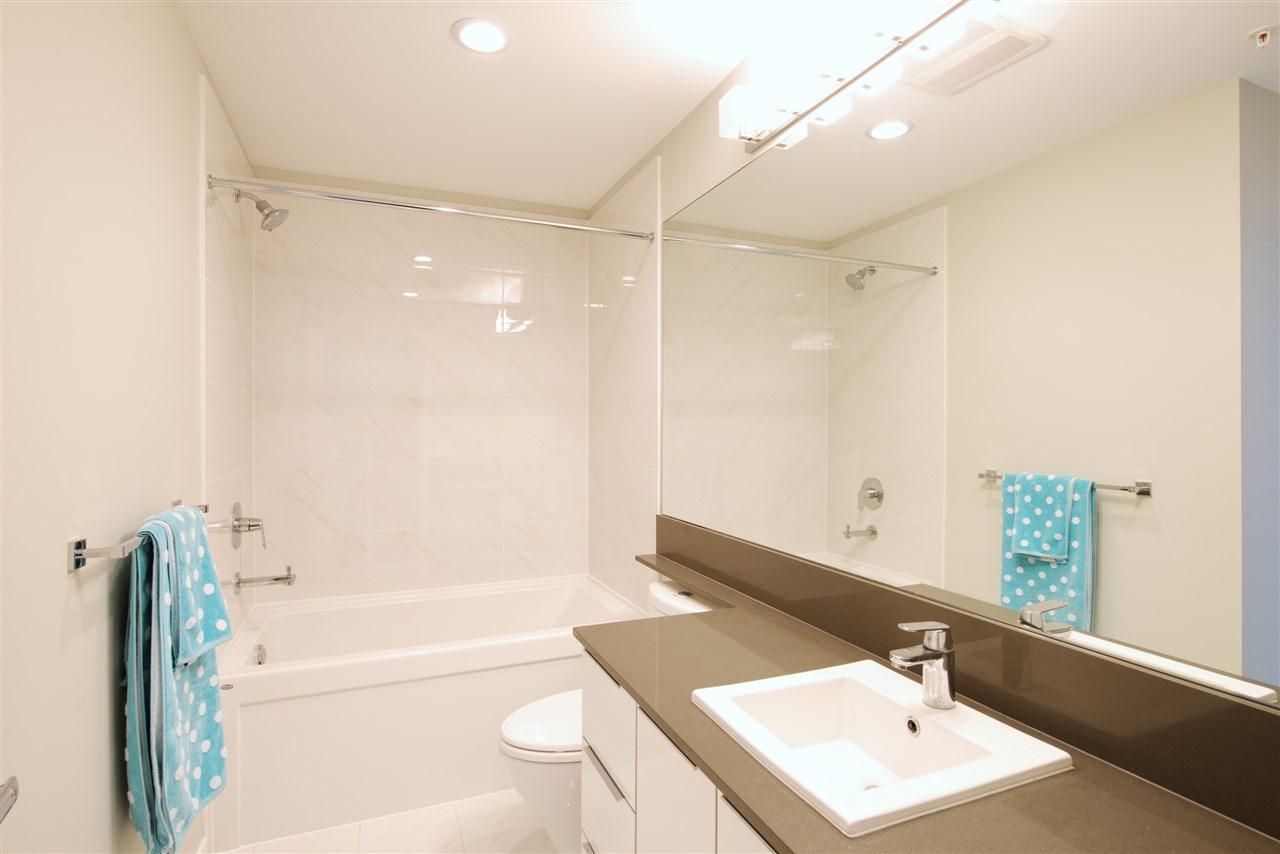 Condo Apartment at 213 607 COTTONWOOD AVENUE, Unit 213, Coquitlam, British Columbia. Image 16