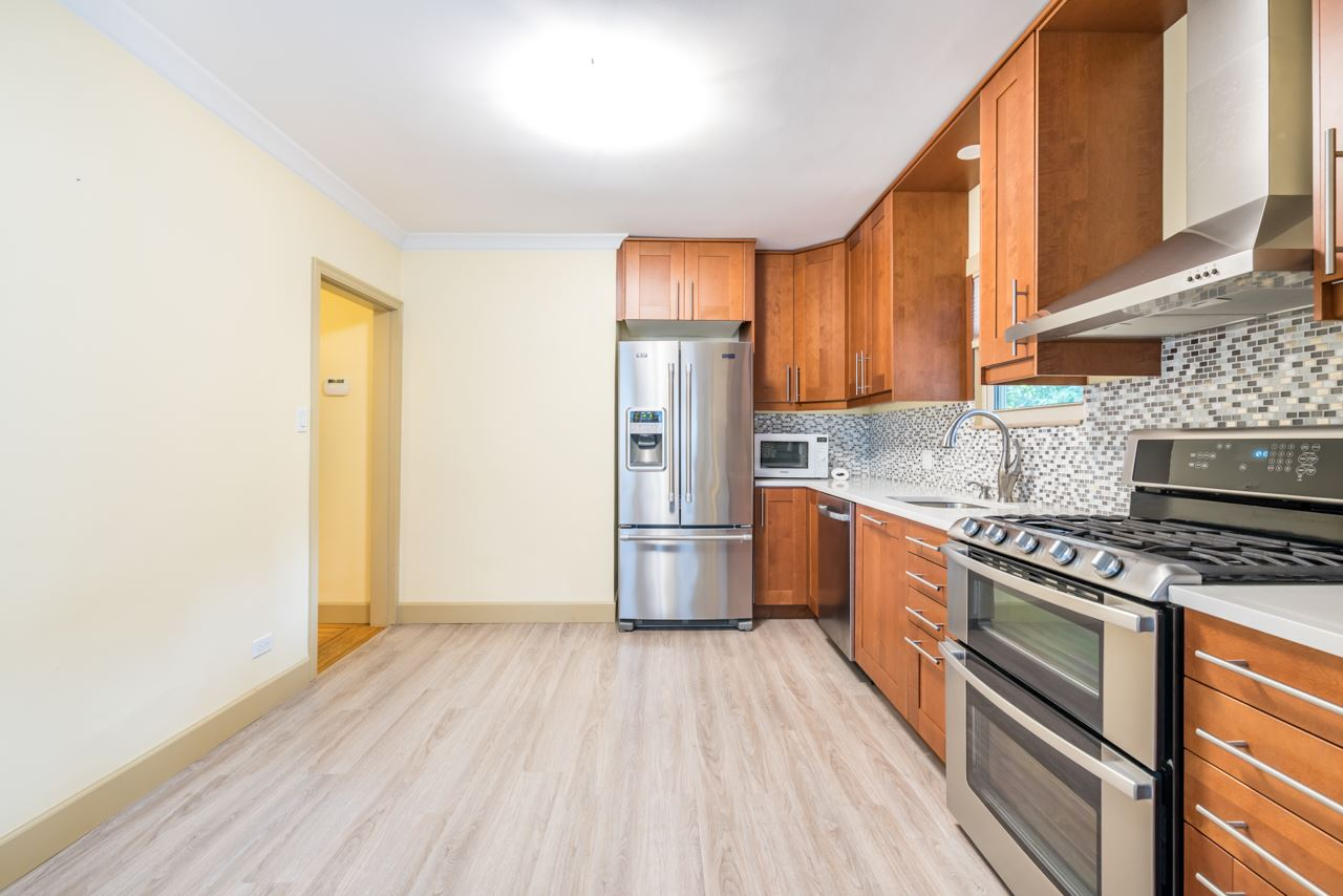 Detached at 1095 E 29TH STREET, North Vancouver, British Columbia. Image 3