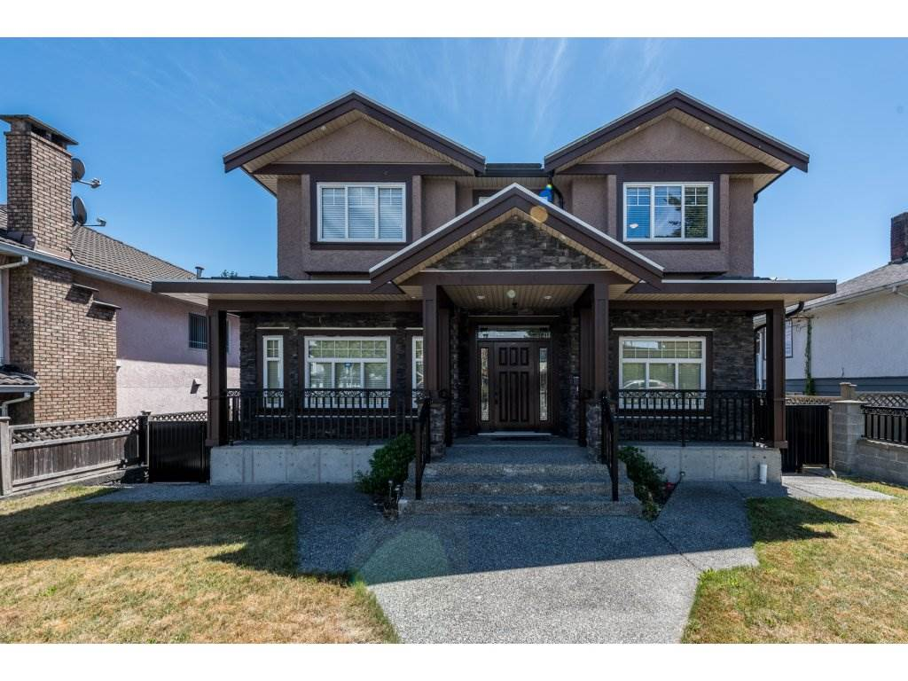 Detached at 7962 SE 18TH AVENUE, Burnaby East, British Columbia. Image 2