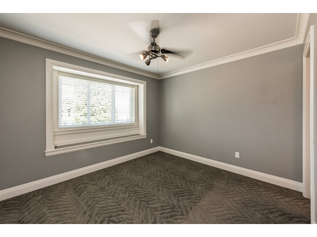 Detached at 7962 SE 18TH AVENUE, Burnaby East, British Columbia. Image 15