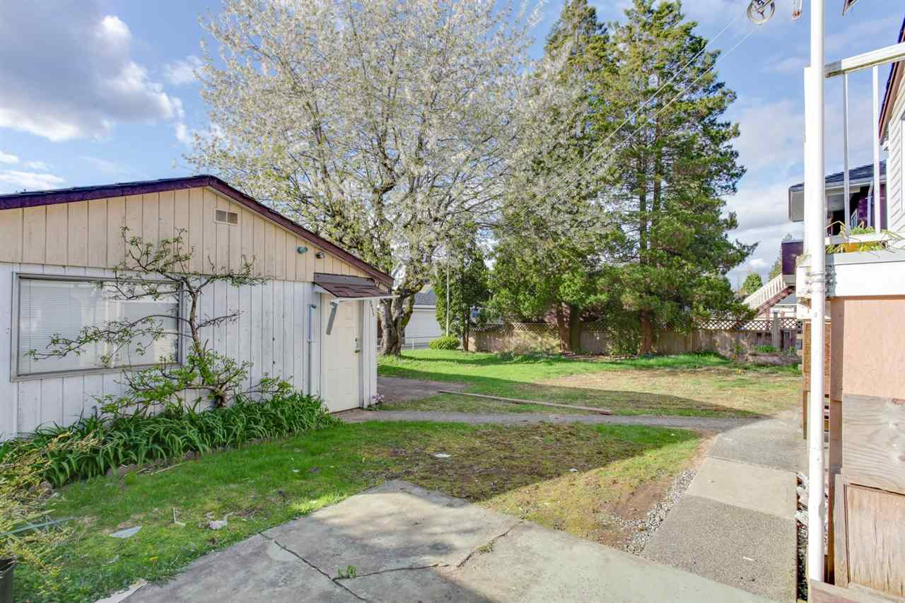 Detached at 8455 14TH AVENUE, Burnaby East, British Columbia. Image 3