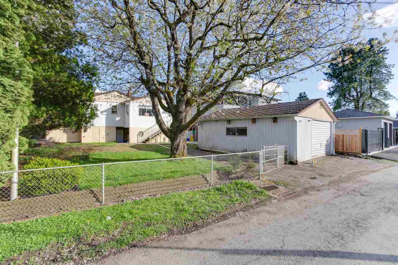 Detached at 8455 14TH AVENUE, Burnaby East, British Columbia. Image 6