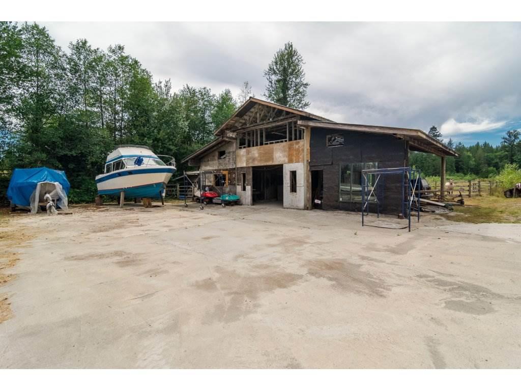 Detached at 9813 216 STREET, Langley, British Columbia. Image 14
