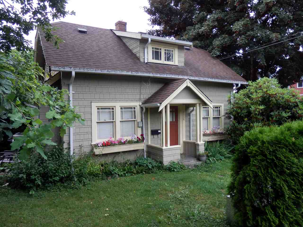 Detached at 33951 PINE STREET, Abbotsford, British Columbia. Image 15