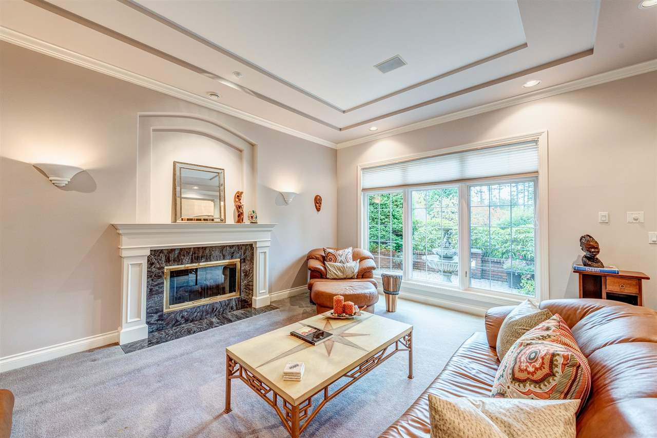 Detached at 2338 129A STREET, South Surrey White Rock, British Columbia. Image 4