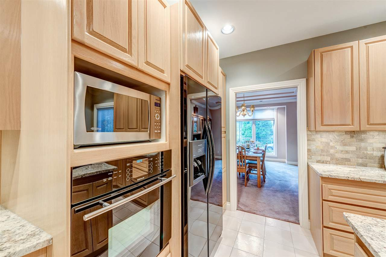 Detached at 2338 129A STREET, South Surrey White Rock, British Columbia. Image 8