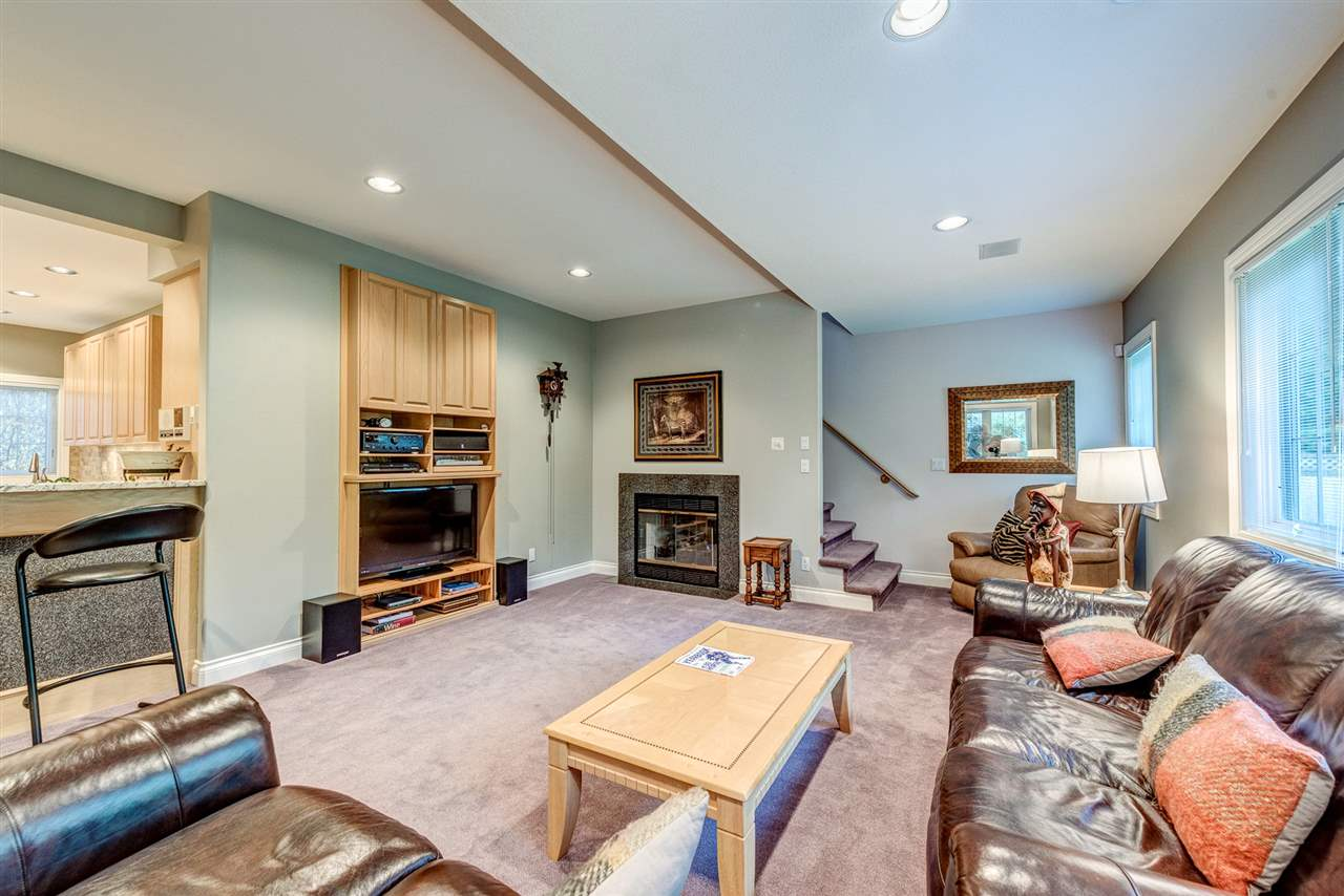 Detached at 2338 129A STREET, South Surrey White Rock, British Columbia. Image 11