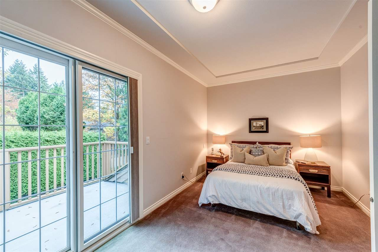 Detached at 2338 129A STREET, South Surrey White Rock, British Columbia. Image 16