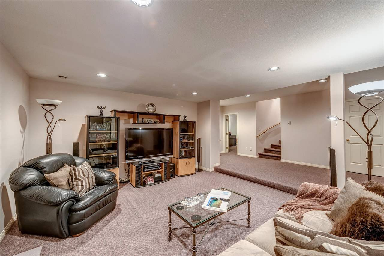 Detached at 2338 129A STREET, South Surrey White Rock, British Columbia. Image 17