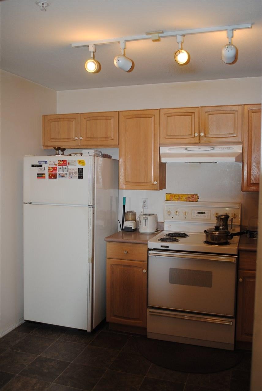 Condo Apartment at 107 32044 OLD YALE ROAD, Unit 107, Abbotsford, British Columbia. Image 4