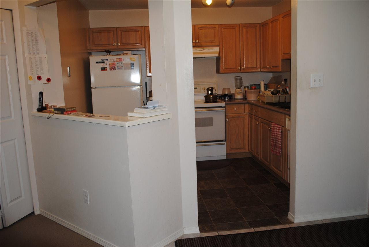 Condo Apartment at 107 32044 OLD YALE ROAD, Unit 107, Abbotsford, British Columbia. Image 7