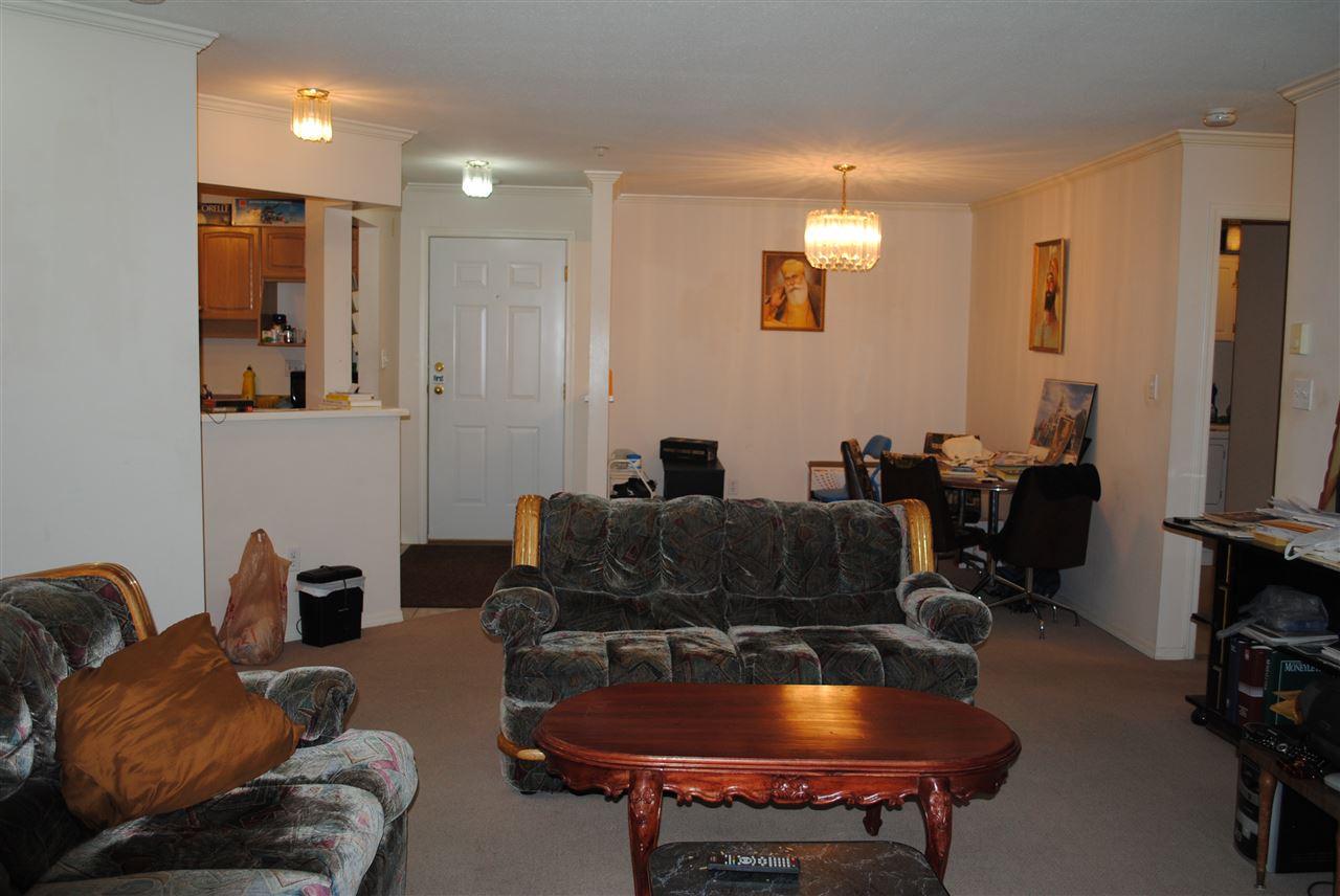 Condo Apartment at 107 32044 OLD YALE ROAD, Unit 107, Abbotsford, British Columbia. Image 9