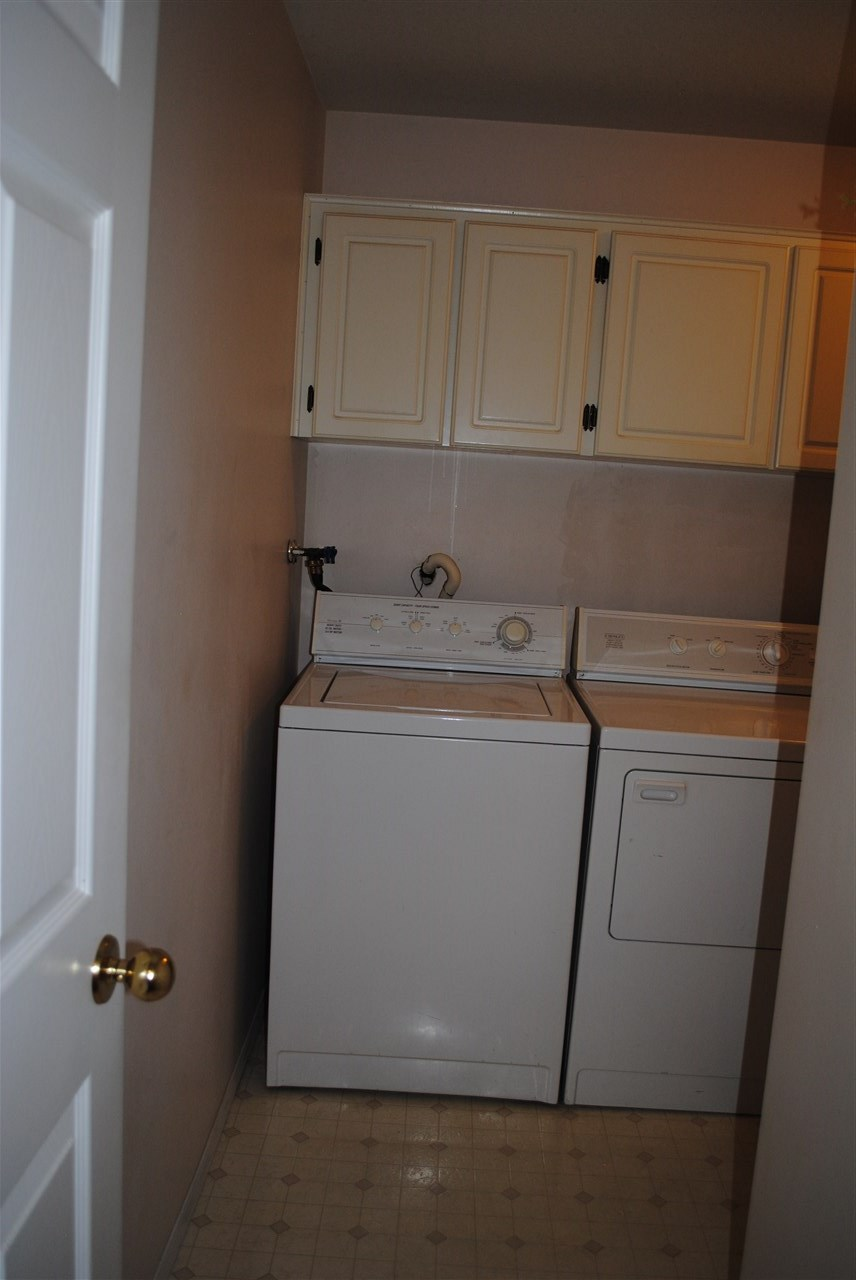 Condo Apartment at 107 32044 OLD YALE ROAD, Unit 107, Abbotsford, British Columbia. Image 12