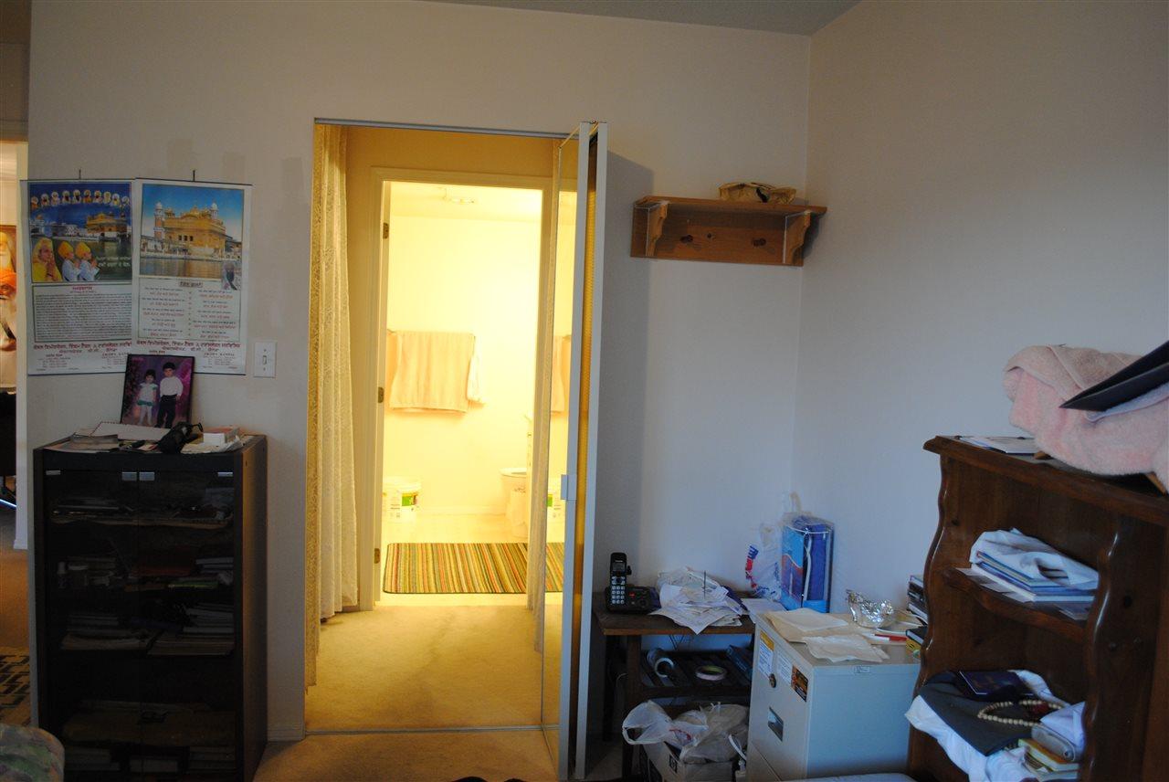 Condo Apartment at 107 32044 OLD YALE ROAD, Unit 107, Abbotsford, British Columbia. Image 14