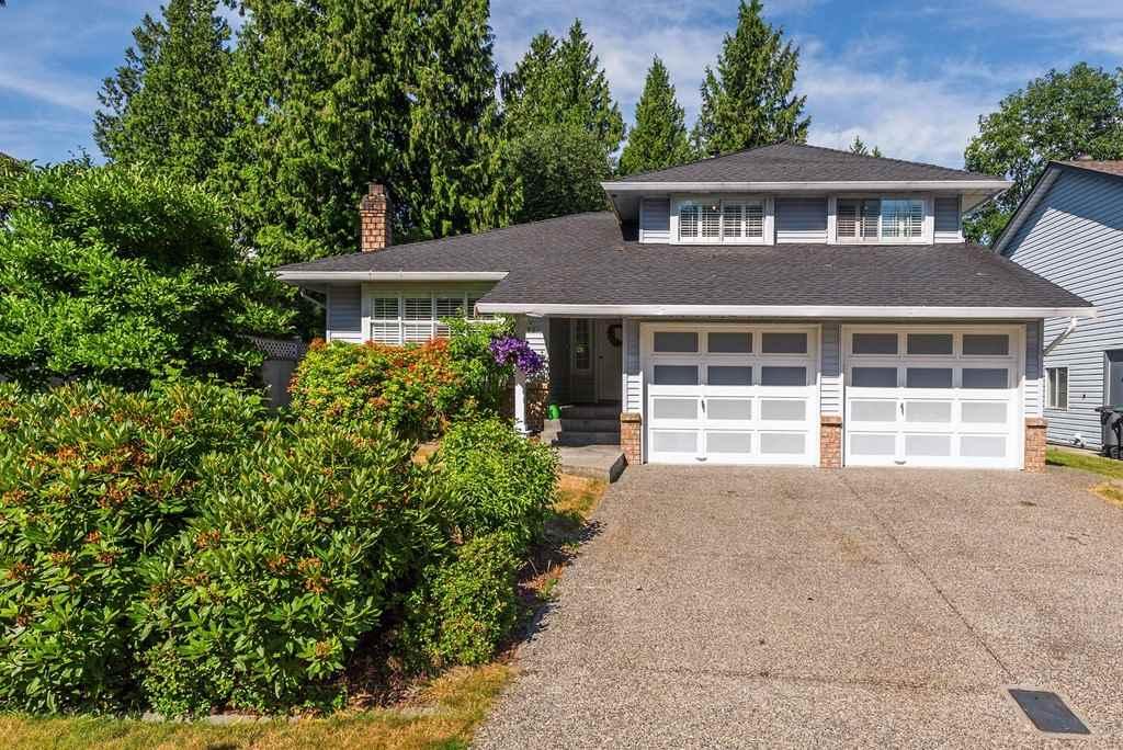 Detached at 6121 134A STREET, Surrey, British Columbia. Image 1