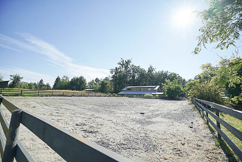 Detached at 29750 TAYLOR ROAD, Abbotsford, British Columbia. Image 19