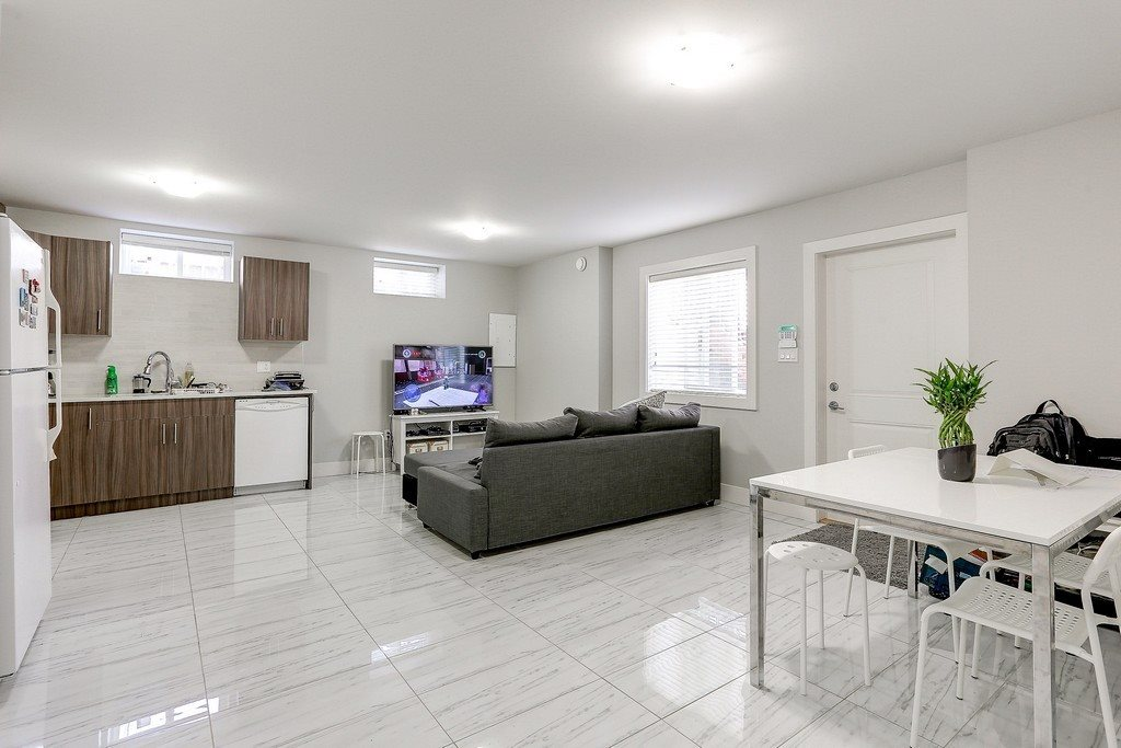 Detached at 7679 ENDERSBY STREET, Burnaby East, British Columbia. Image 19