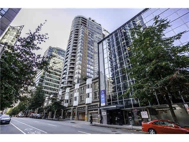 Condo Apartment at 1906 1166 MELVILLE STREET, Unit 1906, Vancouver West, British Columbia. Image 1