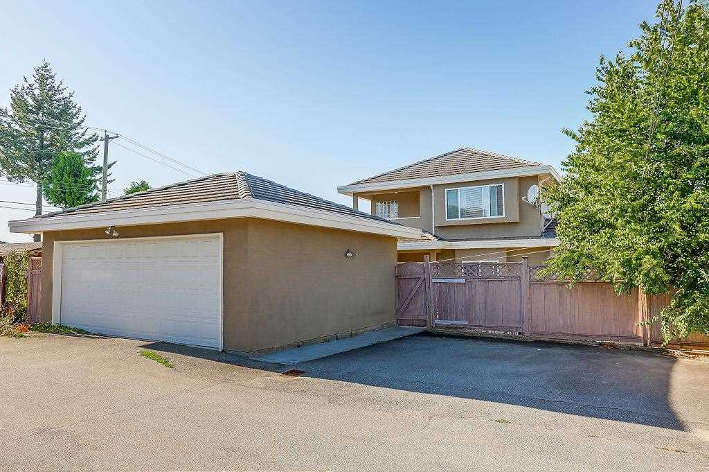 Detached at 3722 FOREST STREET, Burnaby South, British Columbia. Image 20