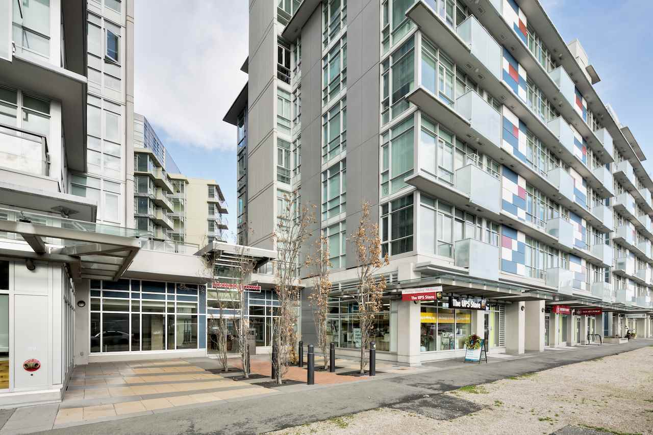 Condo Apartment at 901 63 W 2ND AVENUE, Unit 901, Vancouver West, British Columbia. Image 2