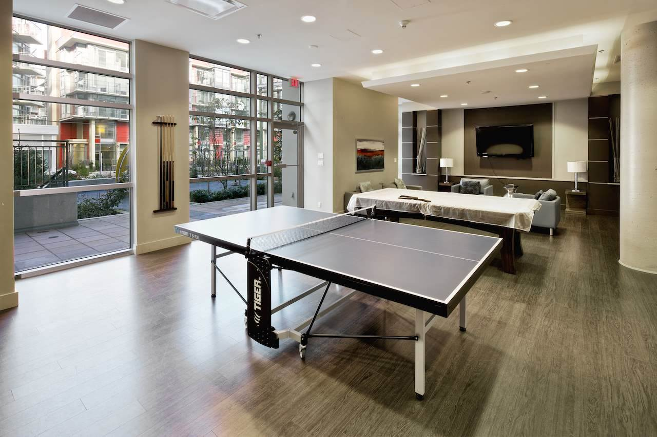 Condo Apartment at 901 63 W 2ND AVENUE, Unit 901, Vancouver West, British Columbia. Image 5