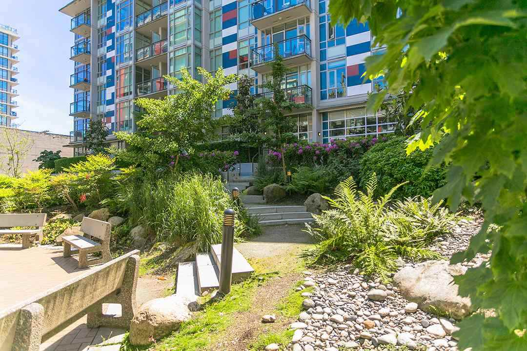 Condo Apartment at 901 63 W 2ND AVENUE, Unit 901, Vancouver West, British Columbia. Image 7