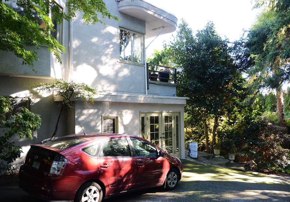 Detached at 2909 MATHERS AVENUE, West Vancouver, British Columbia. Image 5