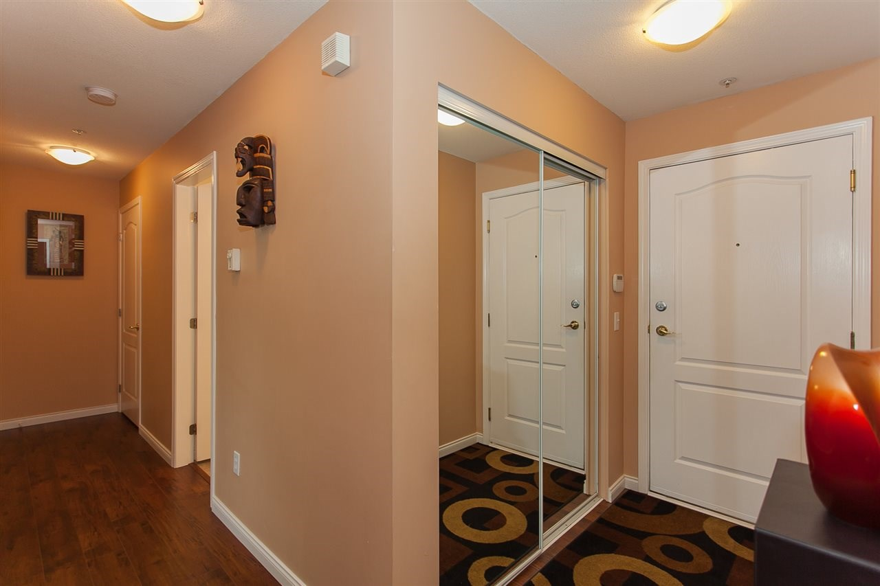 Condo Apartment at 207 20433 53RD AVENUE, Unit 207, Langley, British Columbia. Image 2