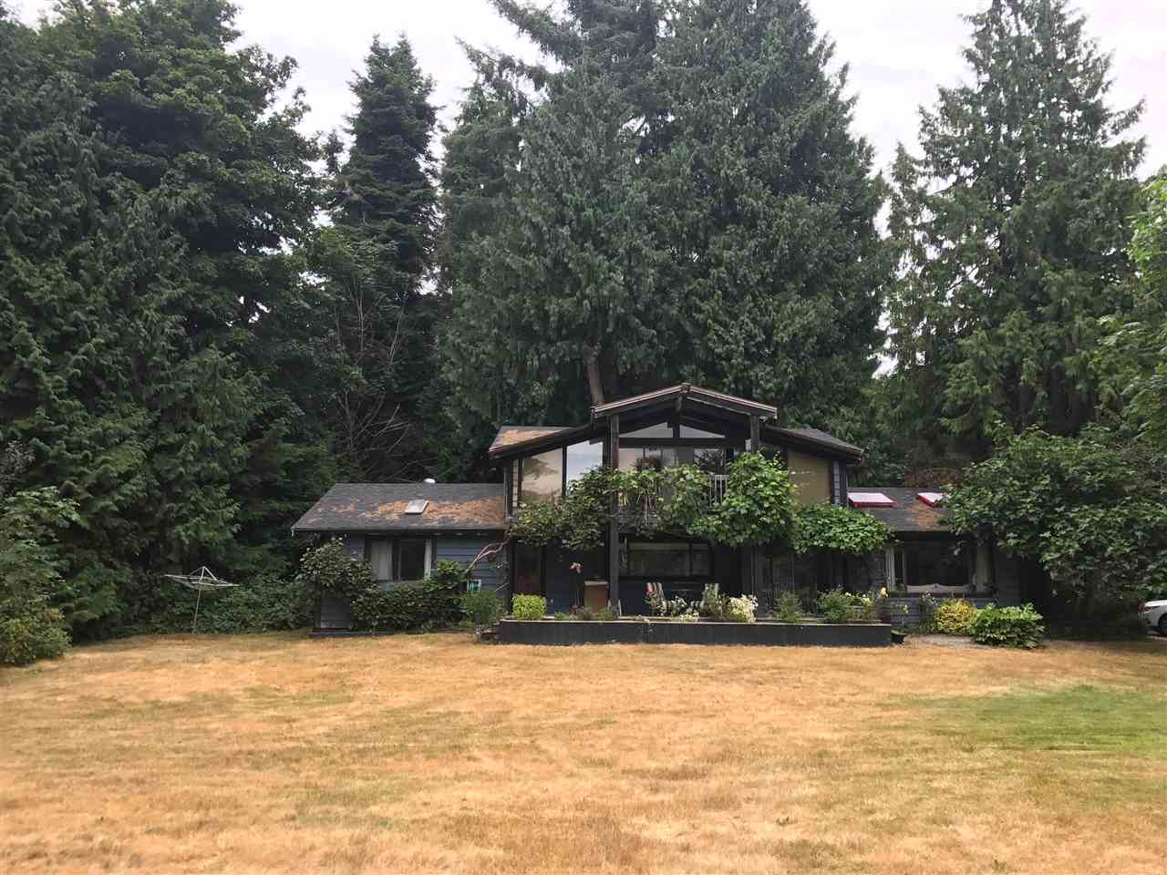 Detached at 1605 MISSION ROAD, Sunshine Coast, British Columbia. Image 3