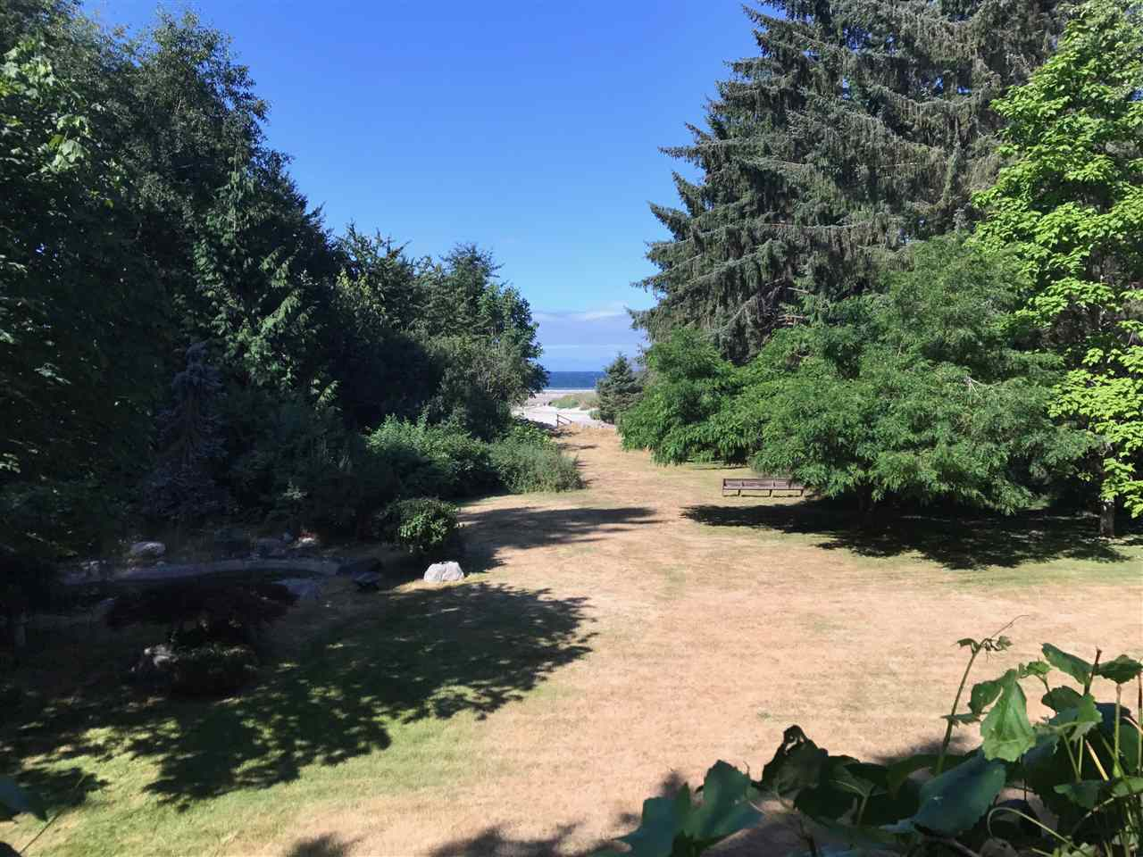 Detached at 1605 MISSION ROAD, Sunshine Coast, British Columbia. Image 4