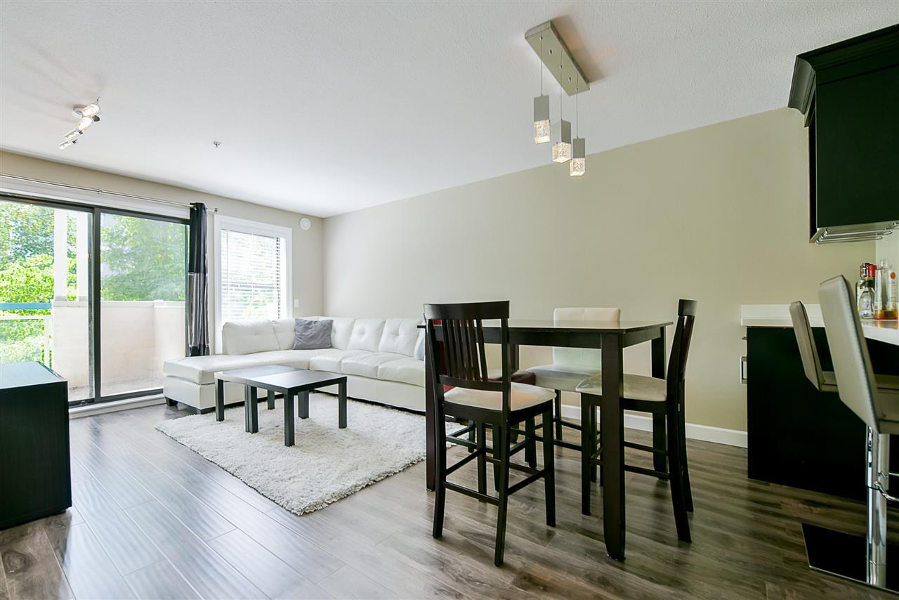 Condo Apartment at 206 20268 54 AVENUE, Unit 206, Langley, British Columbia. Image 7
