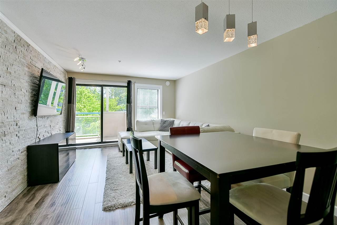 Condo Apartment at 206 20268 54 AVENUE, Unit 206, Langley, British Columbia. Image 8