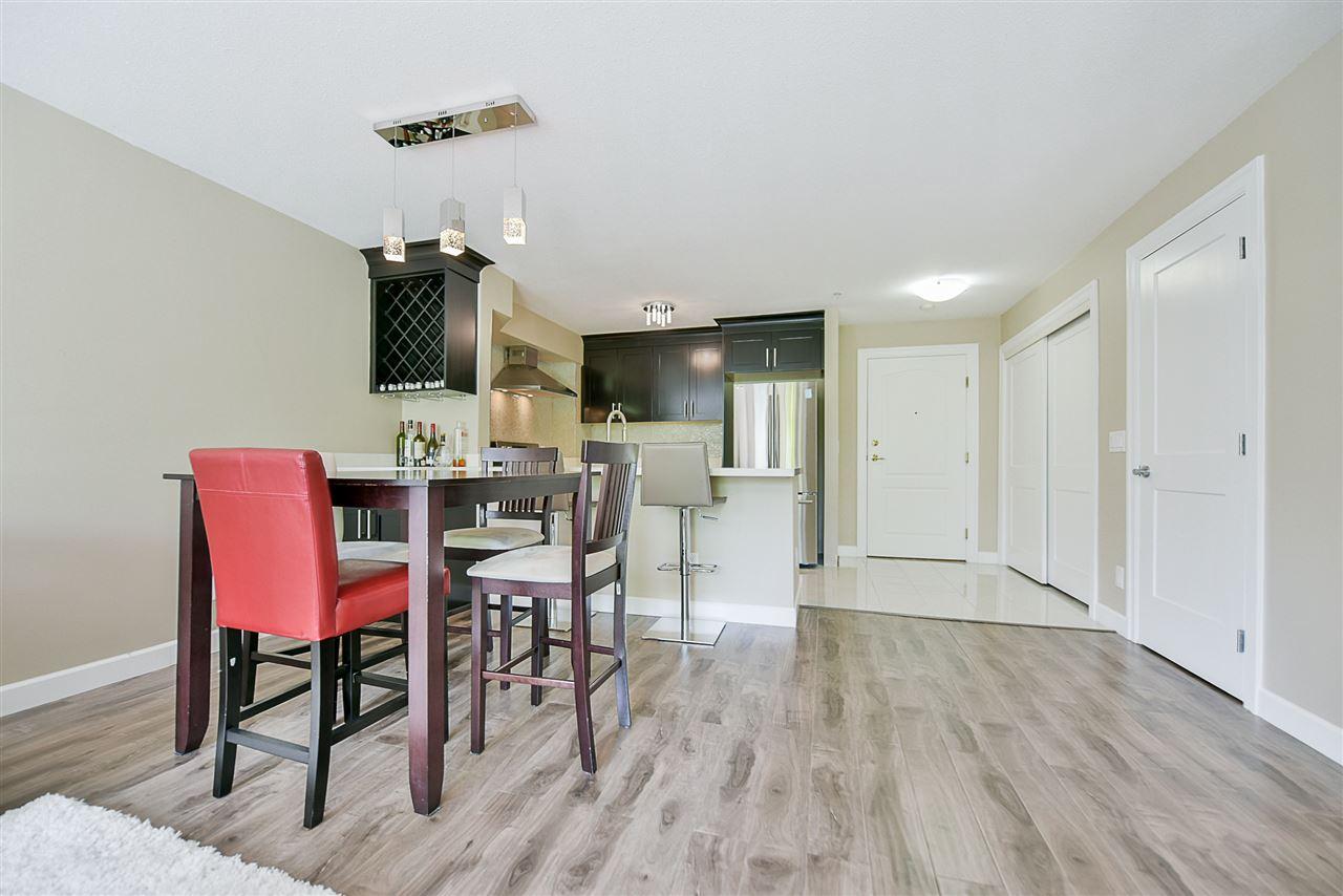 Condo Apartment at 206 20268 54 AVENUE, Unit 206, Langley, British Columbia. Image 9