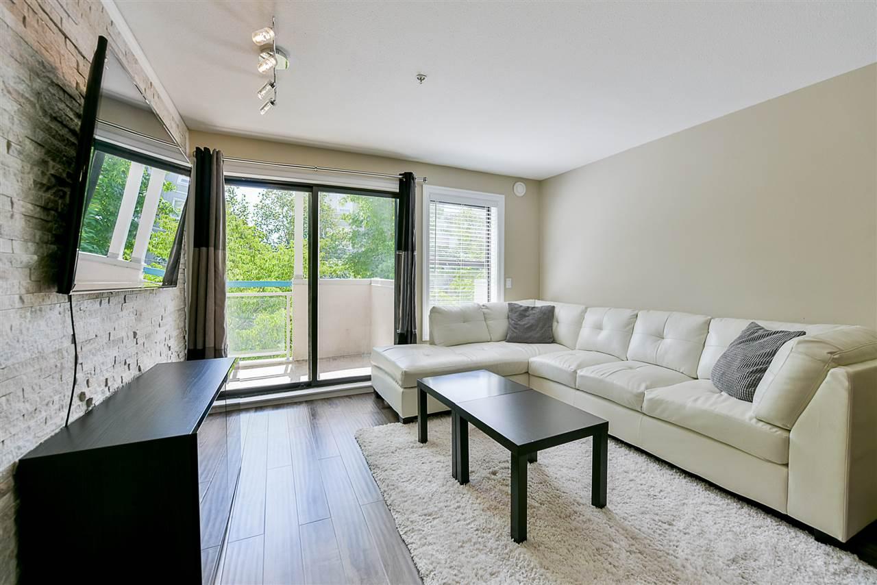 Condo Apartment at 206 20268 54 AVENUE, Unit 206, Langley, British Columbia. Image 12