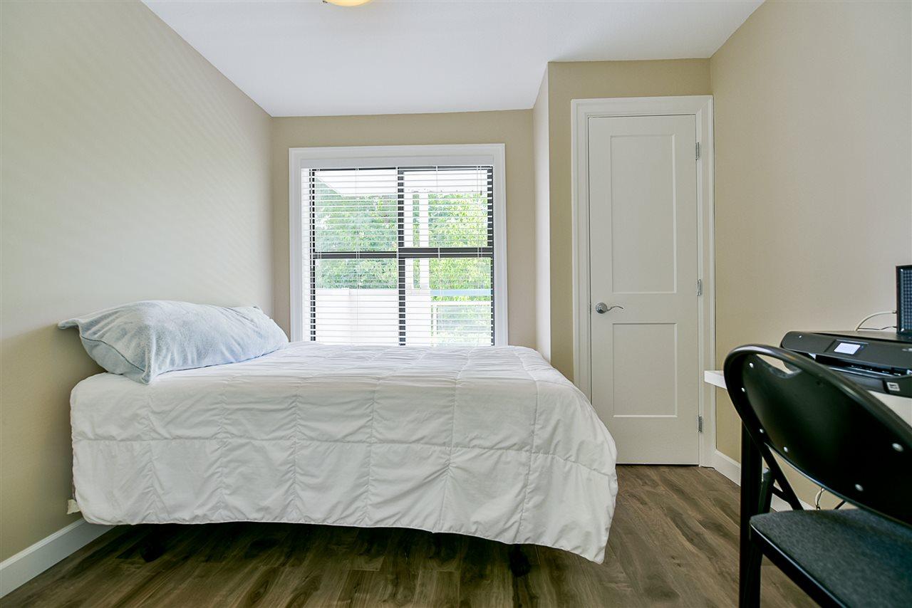 Condo Apartment at 206 20268 54 AVENUE, Unit 206, Langley, British Columbia. Image 15