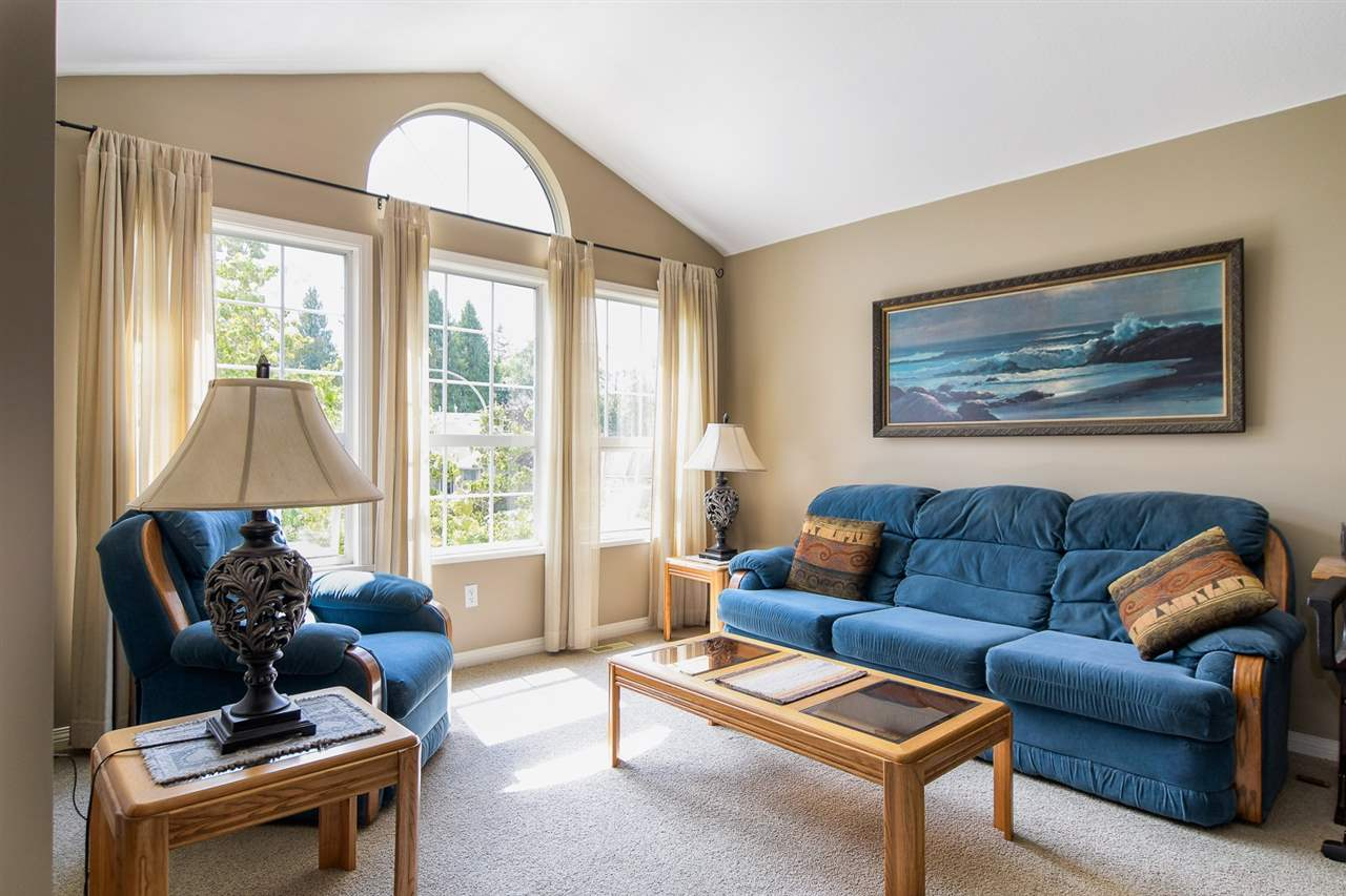 Detached at 20063 49A AVENUE, Langley, British Columbia. Image 2