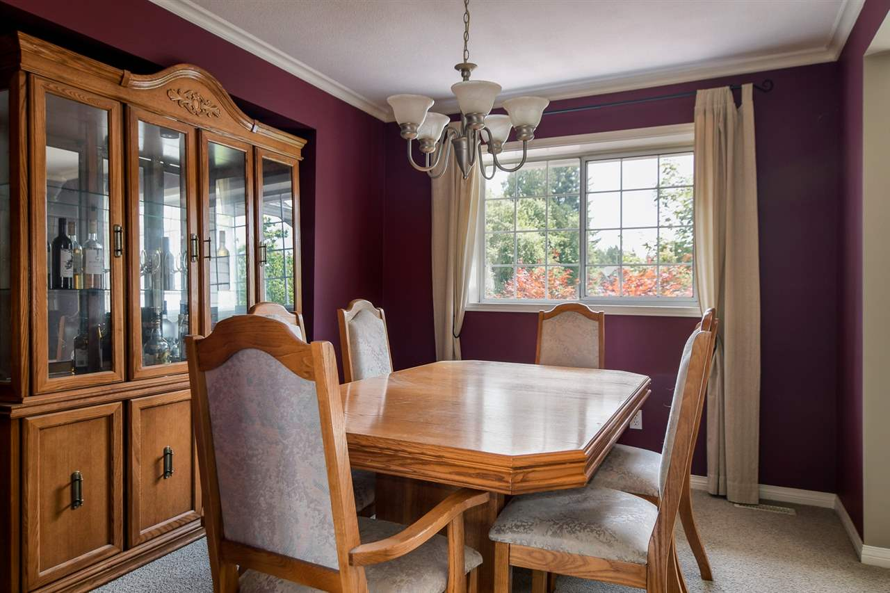Detached at 20063 49A AVENUE, Langley, British Columbia. Image 3