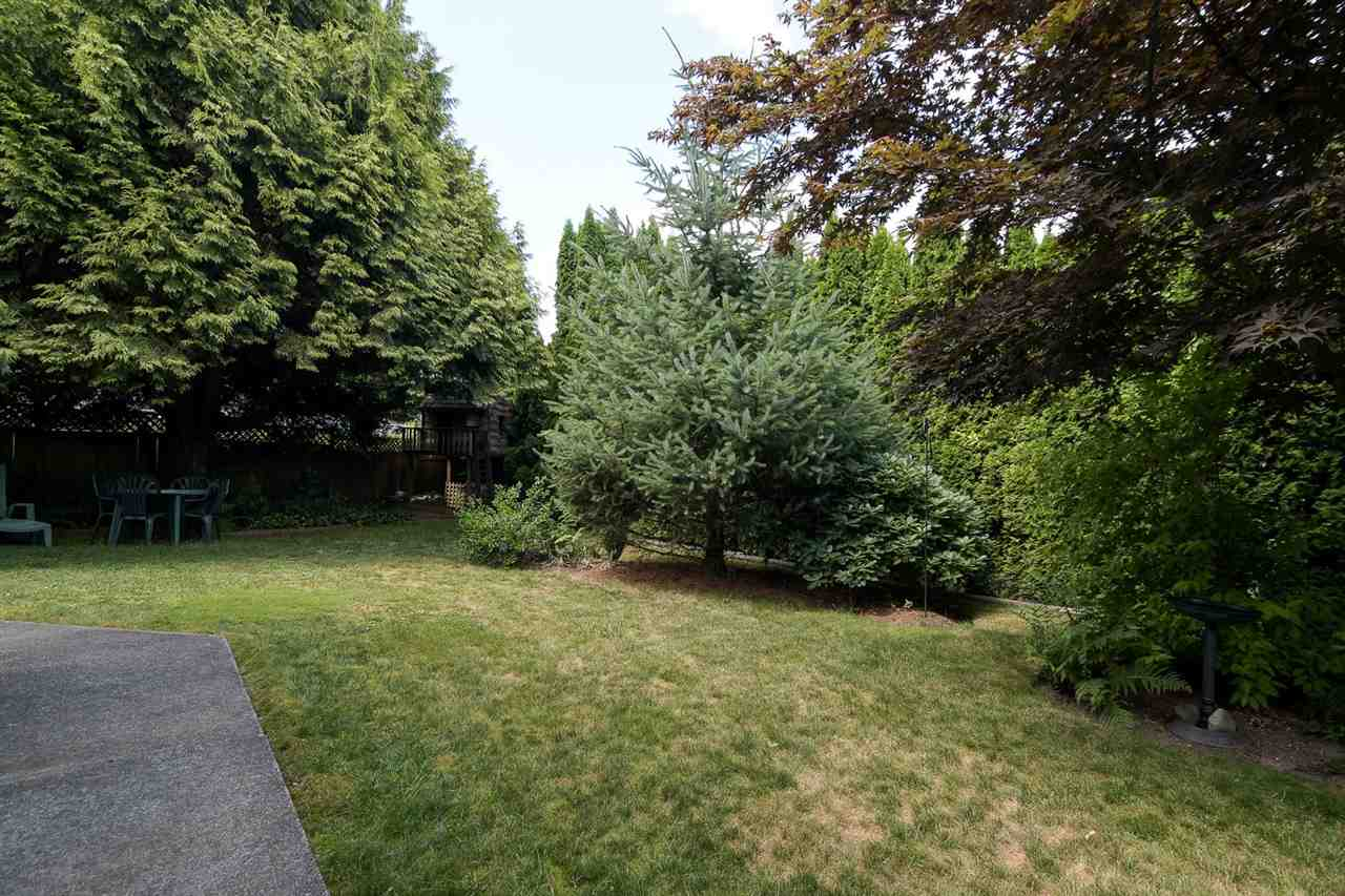 Detached at 20063 49A AVENUE, Langley, British Columbia. Image 18