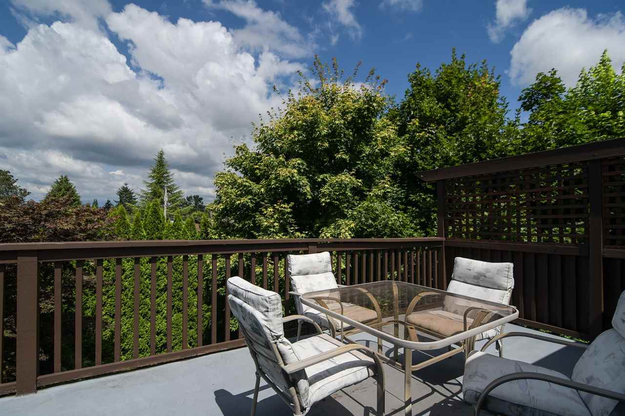 Detached at 20063 49A AVENUE, Langley, British Columbia. Image 20