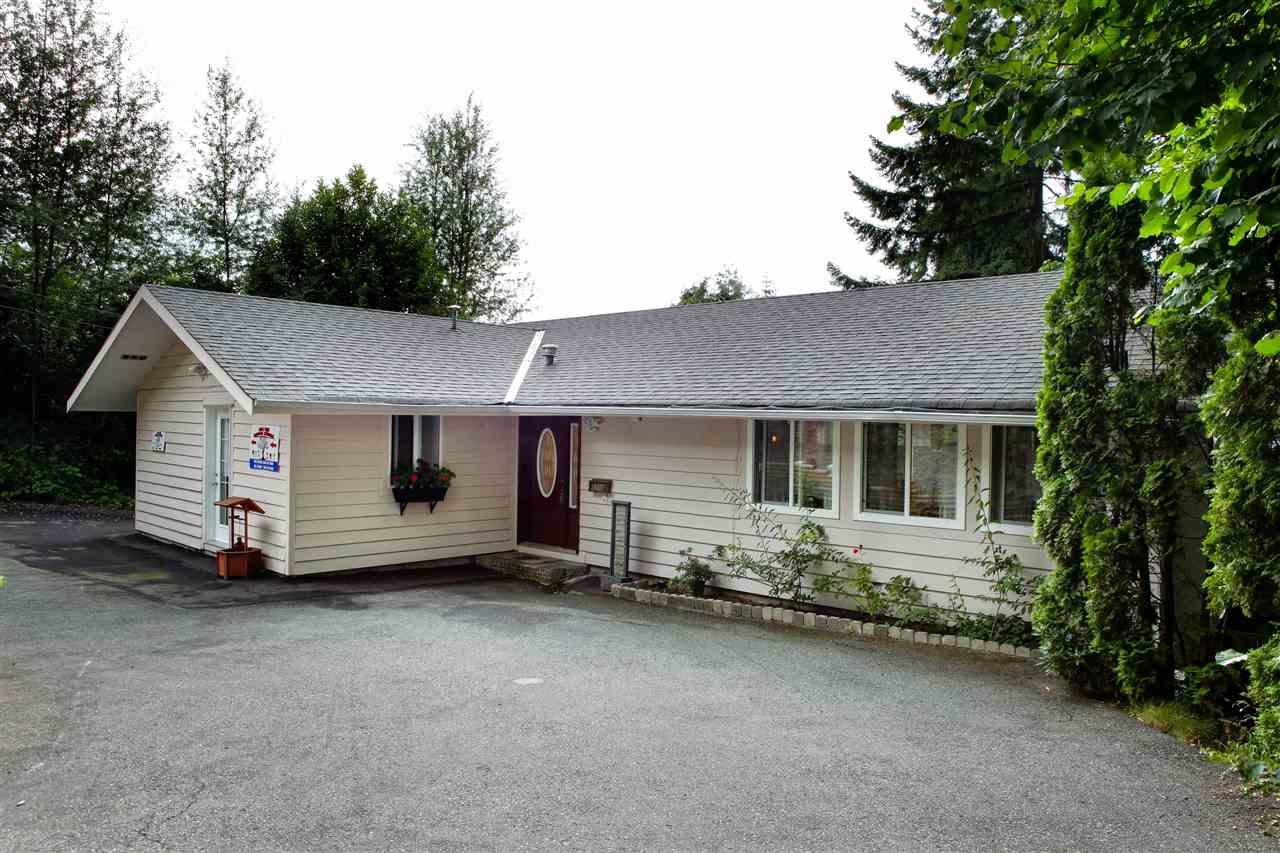 Detached at 1290 QUEENS AVENUE, West Vancouver, British Columbia. Image 2
