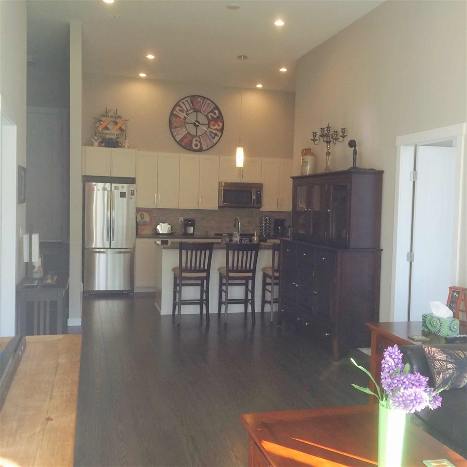 Condo Apartment at 106 2855 156 STREET, Unit 106, South Surrey White Rock, British Columbia. Image 11