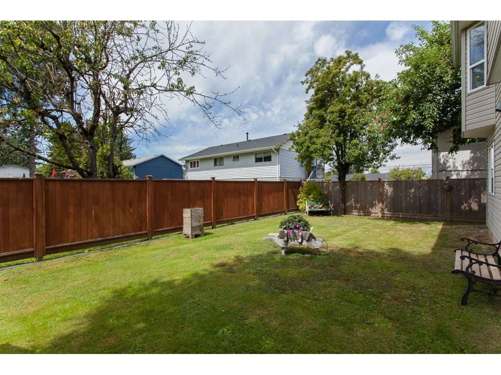 Detached at 2889 270A STREET, Langley, British Columbia. Image 3