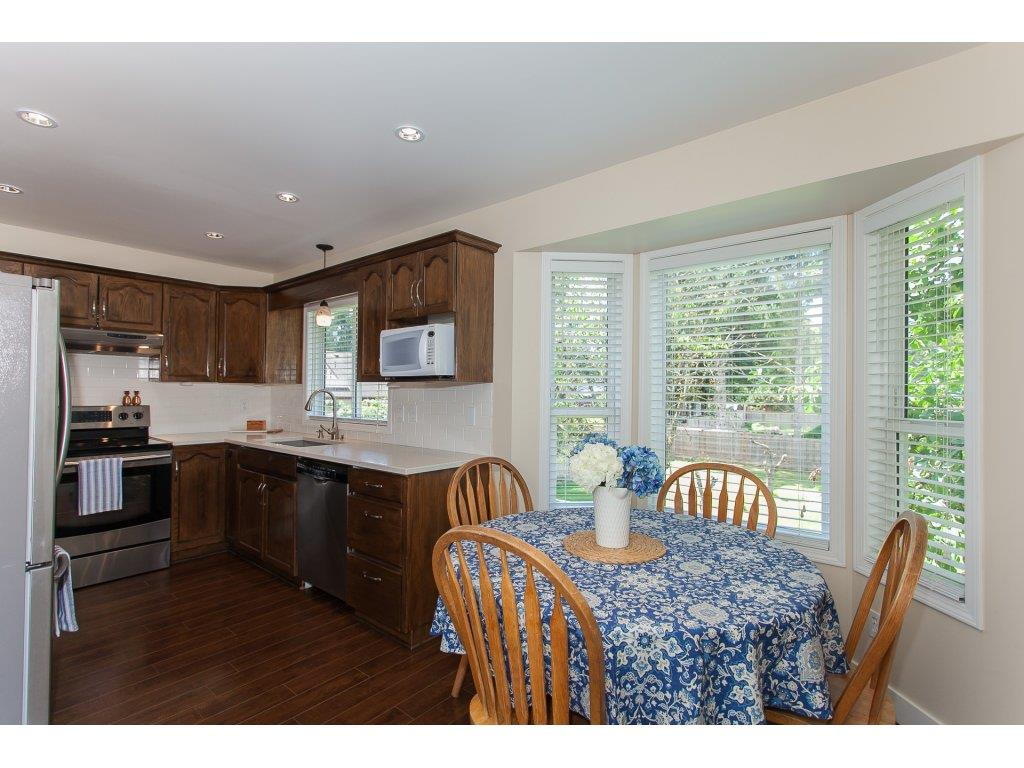 Detached at 2889 270A STREET, Langley, British Columbia. Image 10