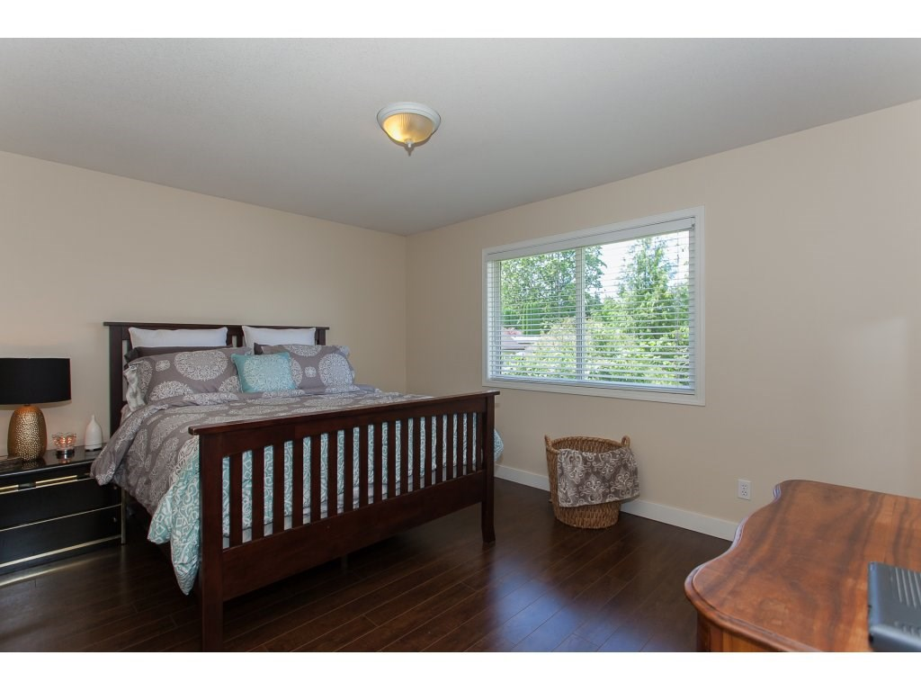 Detached at 2889 270A STREET, Langley, British Columbia. Image 15