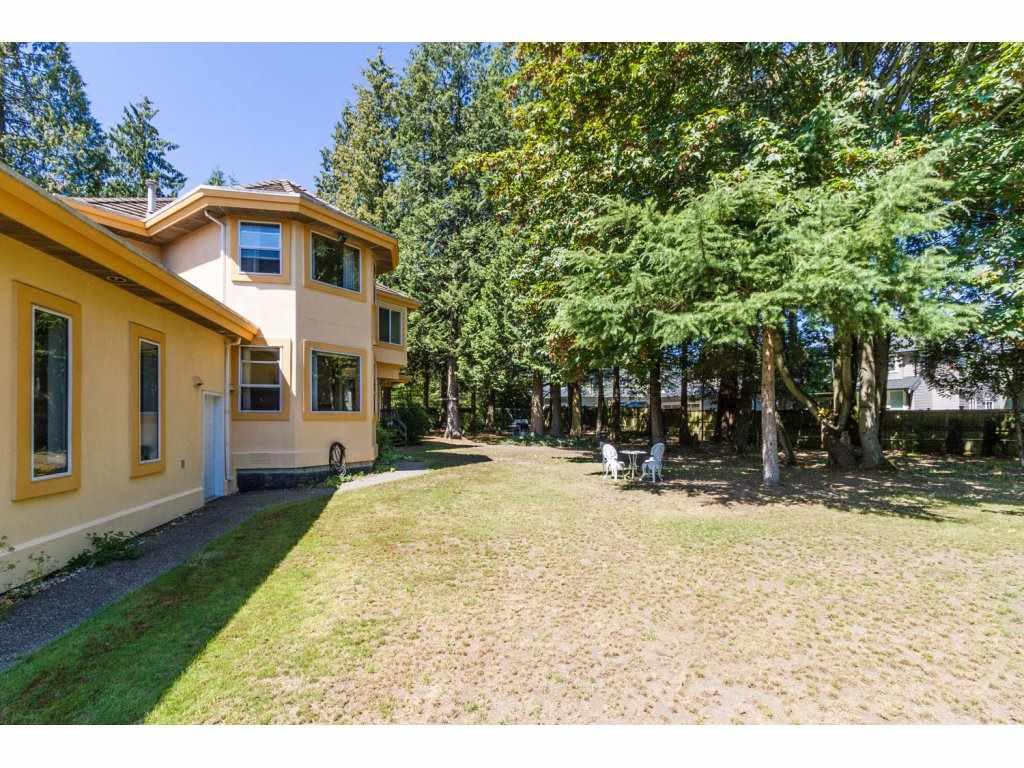 Detached at 14449 57A AVENUE, Surrey, British Columbia. Image 19