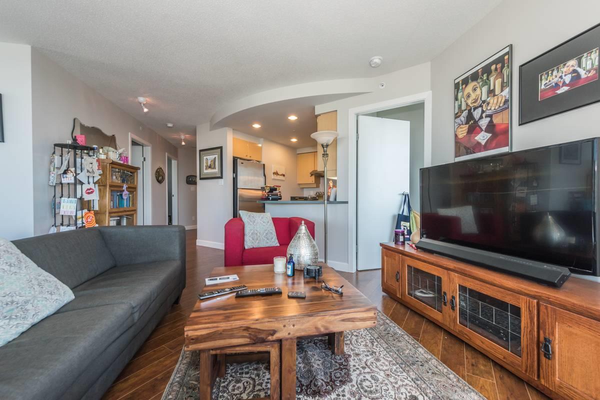 Condo Apartment at 3503 1009 EXPO BOULEVARD, Unit 3503, Vancouver West, British Columbia. Image 6