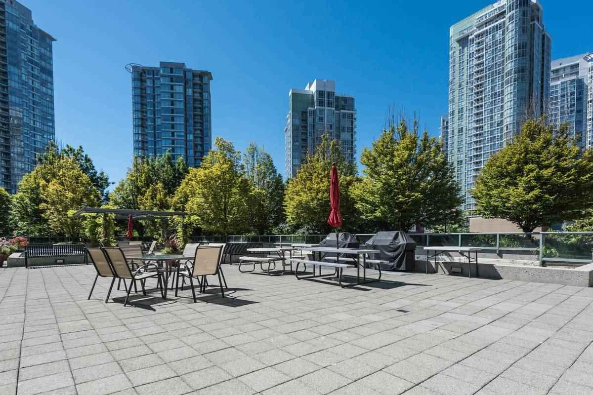 Condo Apartment at 3503 1009 EXPO BOULEVARD, Unit 3503, Vancouver West, British Columbia. Image 12