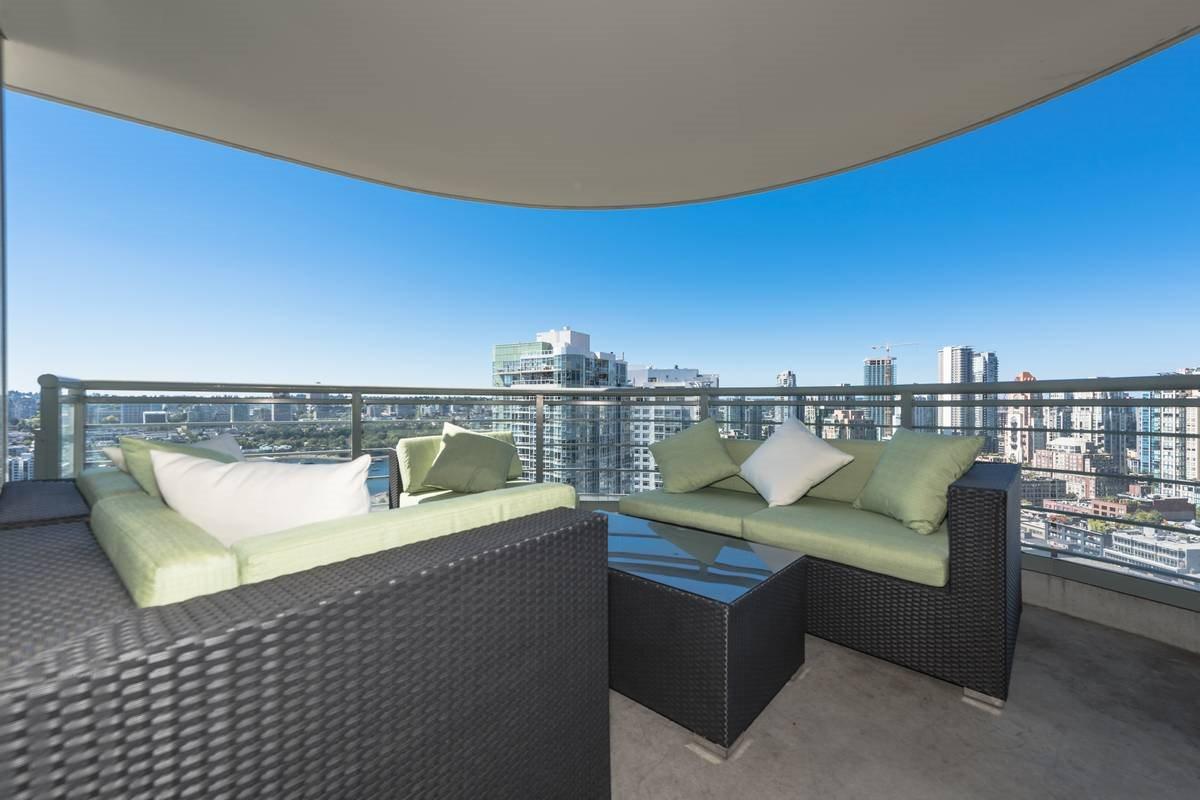 Condo Apartment at 3503 1009 EXPO BOULEVARD, Unit 3503, Vancouver West, British Columbia. Image 16