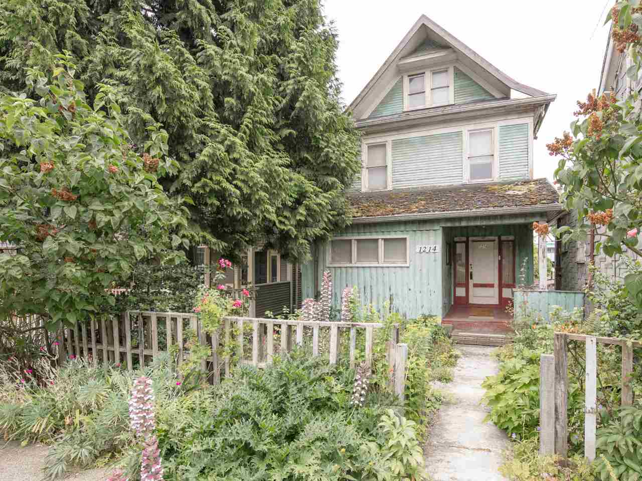 Detached at 1214 E GEORGIA STREET, Vancouver East, British Columbia. Image 1